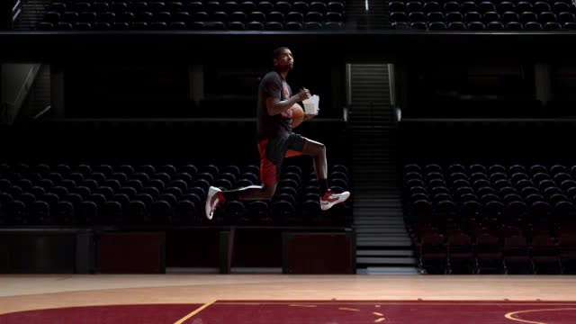 Kyrie in the Air